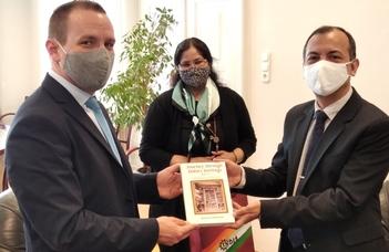Az Indiai Köztársaság nagykövetének látogatása a Bölcsészettudományi Karon
